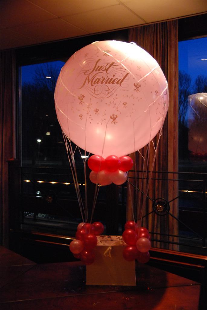 Cadeaumanden en enveloppenkisten de ballonnenkoning